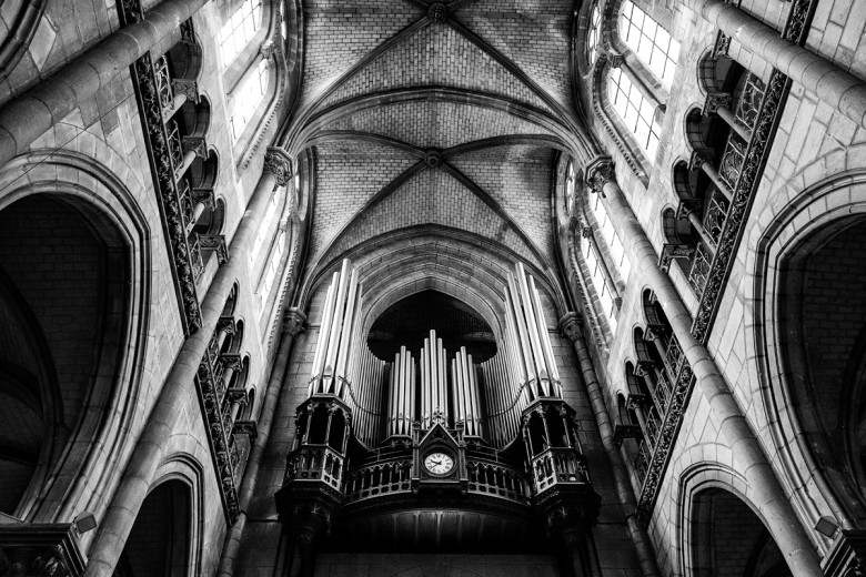 Handheld image in a very dark church using the low light feature of the RX100. Even when you lighten the shadows they are free from noise.