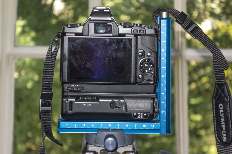 Camera, grips and Novoflex L-Bracket