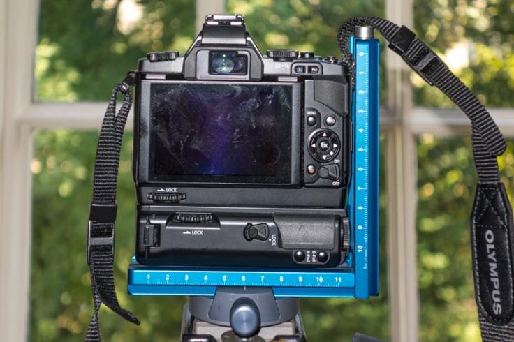 Camera, grips and Novoflex L-Bracket