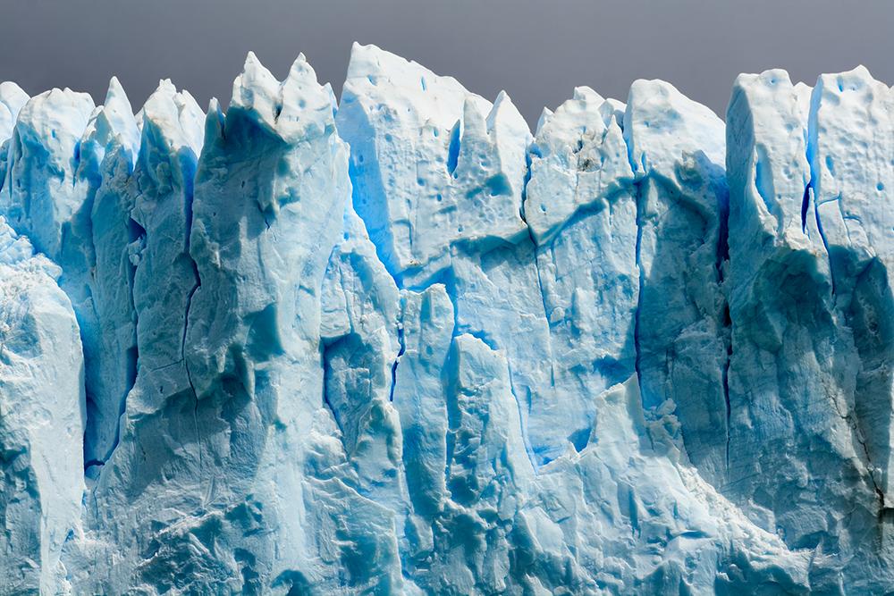 Perito Morano Glacier in Argentina. Captured in 2007 using a Canon 400D.
