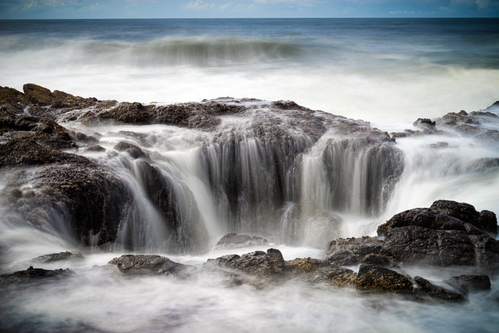 """Thor's Well, Cape Perpetua, Oregon, USA. Sony A7r, 24-70 Canon lens, ISO100, 5"""" at f/10.0. Lee 10 stop ND filter."""
