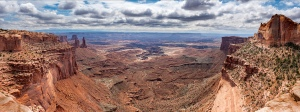 Views at Mesa Arch, Canyonlands National Park, Utah, USA