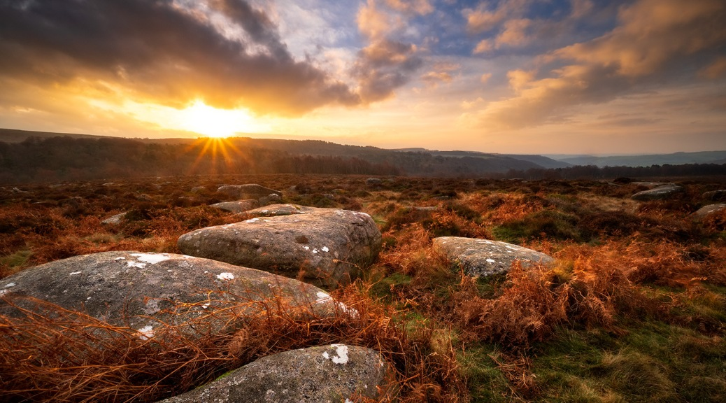 Lawrence Field sunrise, The Peak District