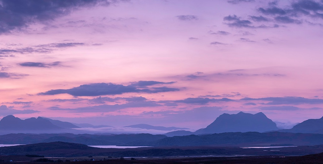 Scotish highlands at dawn