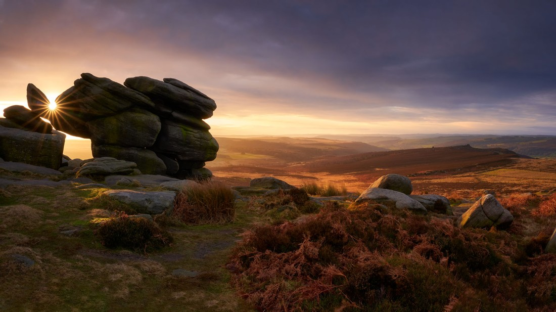 Higger Tor Panorama at sunrise, Peak District