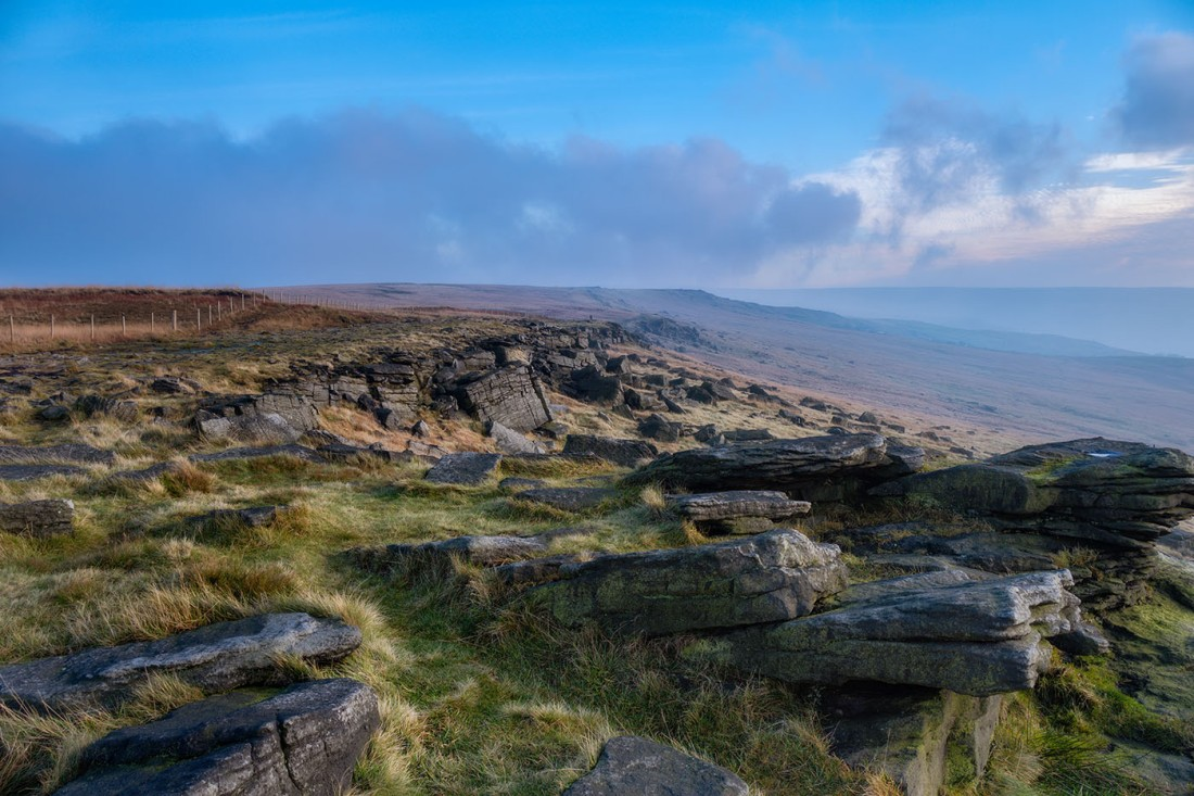 Fog and mist forming on the Pennine Way. Fuji XT3 with Fuji 18-135 lens